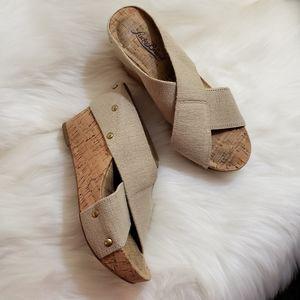 Lucky Brand   6 cork wedges tan stretch sandals